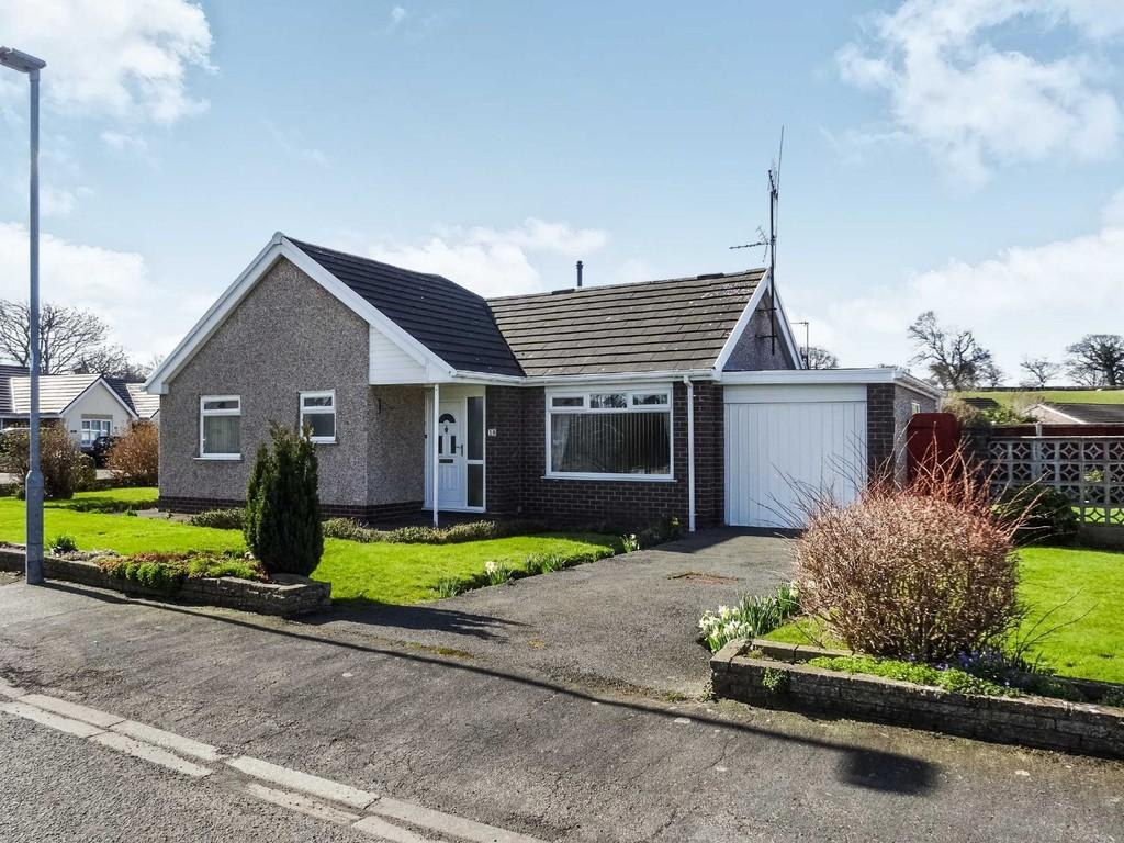 st asaph mature singles Charming st asaph cottage  a family room with 1 double and 2 singles and en-suite and a family room  as a group of mature adults we have travelled the .