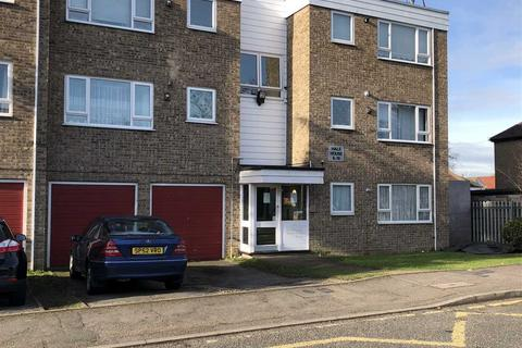 2 bedroom apartment to rent - SCOTT HOUSE, BENJAMIN CLOSE, Hornchurch