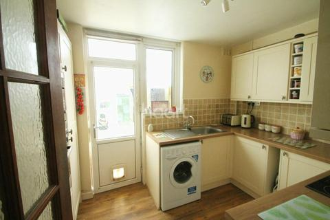 3 bedroom semi-detached house for sale - Briar Crescent