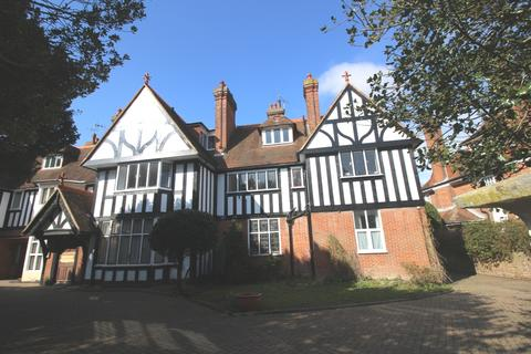 2 bedroom flat to rent - Dittons Road, Summerdown, Eastbourne BN21