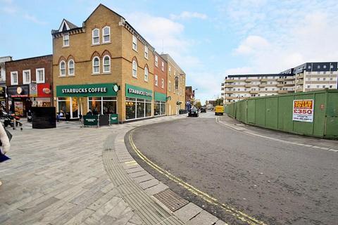 1 bedroom flat to rent - Church Street, Slough, SL1