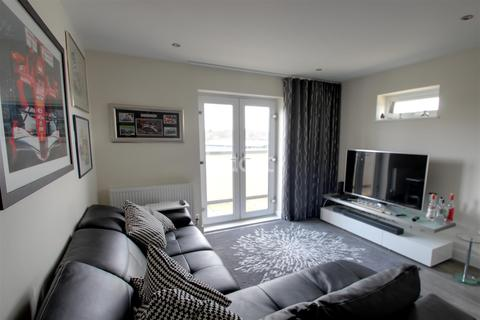 2 bedroom flat to rent - Bracknell Town Centre, RG12
