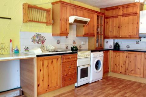 3 bedroom terraced house to rent - Raeburn Road, Sheffield, S14