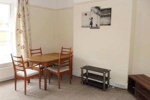 2 bedroom apartment to rent - Manchester Road, Rochdale, Lancashire, OL11