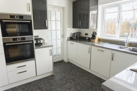 3 bedroom semi-detached house to rent - Ampthill