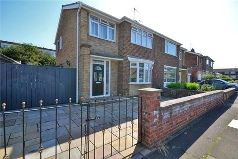 3 bedroom semi-detached house for sale - Plumer Drive, Norton, Stockton-On-Tees