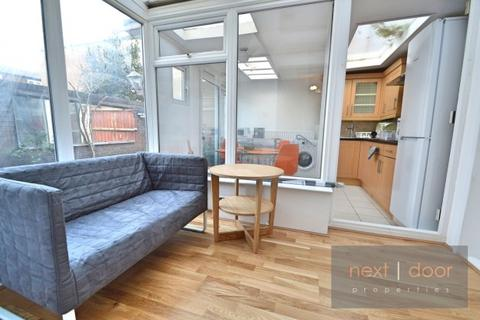 4 bedroom terraced house to rent - Clarence Avenue,  Clapham, SW4