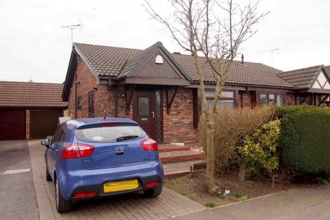 2 bedroom bungalow for sale - Heol Pentre Bach,  Swansea, SA4