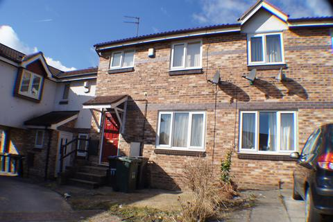 3 bedroom townhouse to rent - Sandpiper Mews, Bradford BD8
