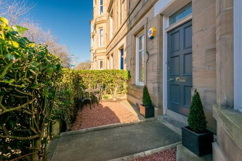 3 bedroom ground floor flat for sale - 30 Gosford Place, EDINBURGH, EH6 4BH