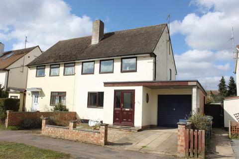 3 bedroom semi-detached house for sale - Foster Road, Trumpington