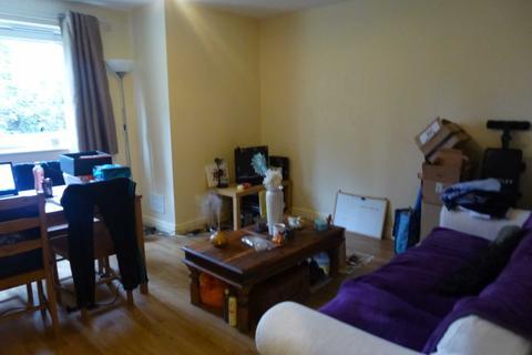 2 bedroom flat to rent - Whiteoak Road, Fallowfield