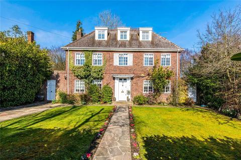 6 bedroom detached house for sale - Copse Wood Way, Northwood, Middlesex, HA6
