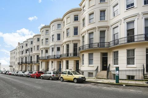 2 bedroom flat for sale - Eaton Place Brighton East Sussex BN2