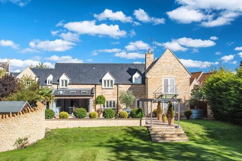 4 bedroom detached house to rent - Home Farm Close, Great Casterton, Stamford