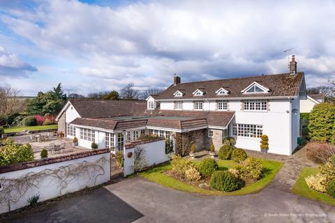 5 bedroom farm house for sale - Broadway Farmhouse, Rogers Lane, Laleston, Bridgend, Bridgend County Borough, CF32 0LA.