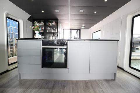 2 bedroom property for sale - Western Concourse, Brighton Marina Village, Brighton