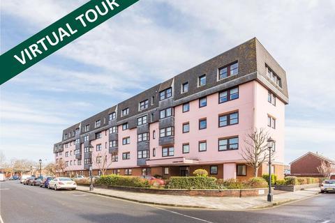 2 bedroom flat to rent - LOMBARD COURT, LOMBARD STREET PO1 2HU
