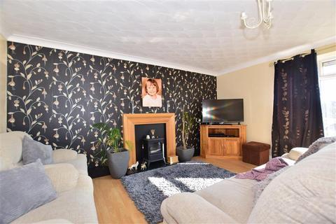 2 bedroom flat for sale - Lockwood Close, Woodingdean, Brighton, East Sussex