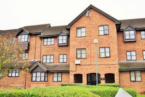Studio to rent - Hardwick Crescent, Dartford