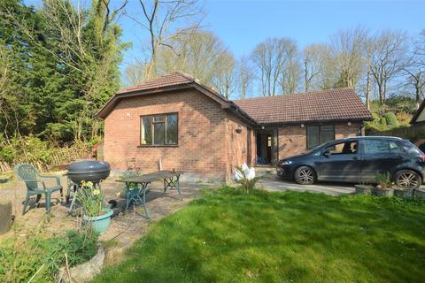 3 bedroom detached bungalow to rent - Rhododendron Avenue, Meopham, Gravesend