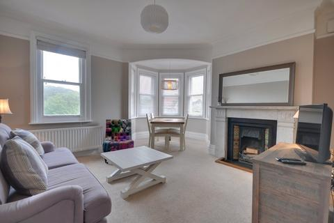 3 bedroom apartment to rent - Flat 2, 13 Studland Road, ALUM CHINE, Dorset BH4 8HZ
