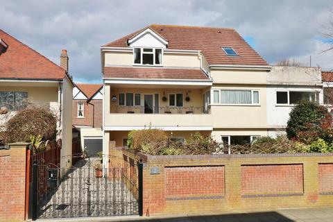 5 bedroom semi-detached house for sale - Craneswater Park, Southsea