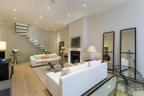 3 bedroom mews to rent - Queens Gate Mews, South Kensington, SW7