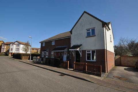 2 bedroom end of terrace house for sale - Ramshaw Drive, Chelmsford