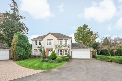 5 bedroom detached house to rent - Nevelle Close, Binfield, RG42