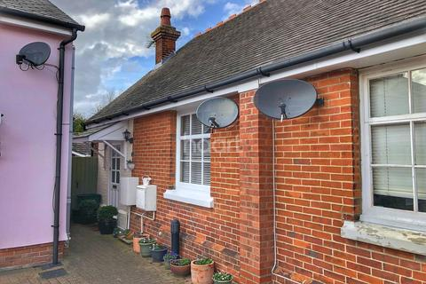 2 bedroom cottage for sale - The Street, Ardleigh, Essex