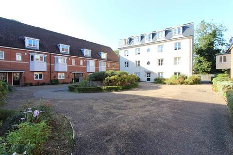 2 bedroom apartment to rent - Wingfield Court, Banstead