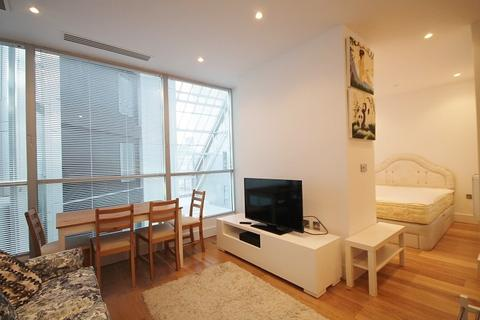 House to rent - Staines Road, Hounslow, TW3