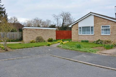 3 bedroom detached bungalow to rent - Church View, Witchford