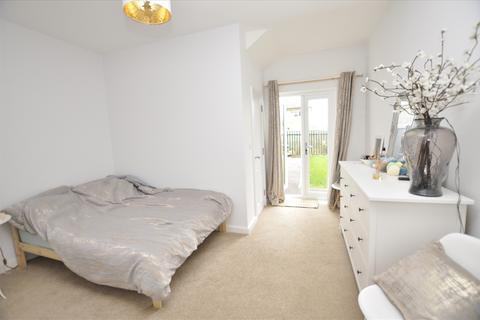 1 bedroom apartment to rent - Saints Court, Kings Road, Chelmsford