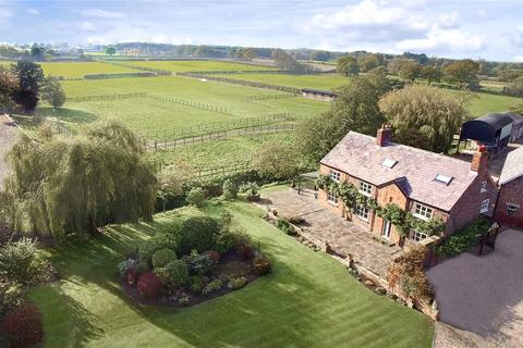 5 bedroom equestrian facility for sale - Kay Lane, Lymm, Cheshire, WA13