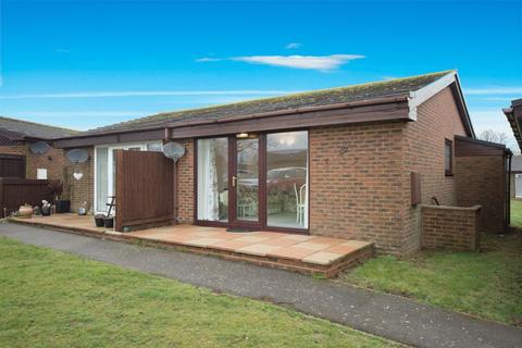 2 bedroom semi-detached bungalow for sale - St Margarets at Cliffe
