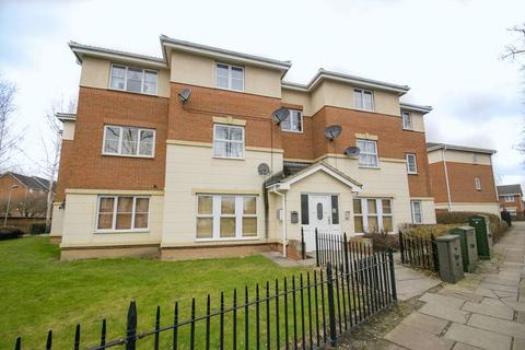 2 bedroom apartment to rent - Gillespie Close, Bedford
