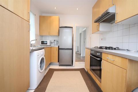4 bedroom semi-detached house to rent - Glendun Road, East Acton, London