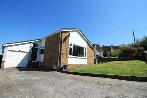 4 bedroom detached bungalow for sale - Brookside, Pill, North Somerset, BS20