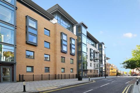 1 bedroom flat to rent - Deanery Road, Bristol, BS1