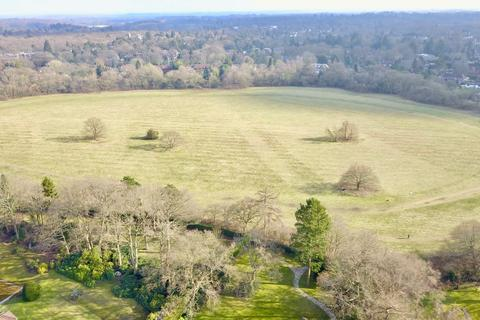 5 bedroom property with land for sale - Camp Road, Gerrards Cross, SL9