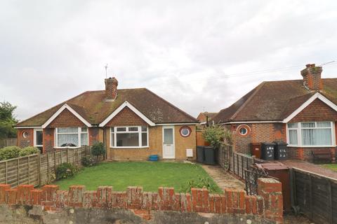 2 bedroom bungalow to rent - Station Road, Polegate, East Sussex, BN26