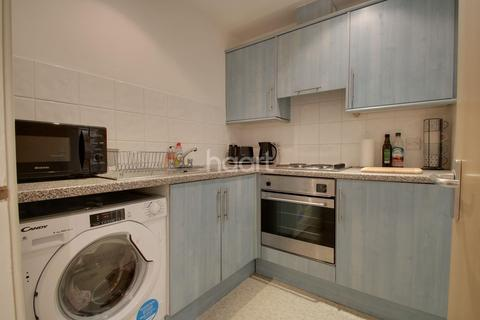 1 bedroom flat for sale - Central Park Towers, Plymouth