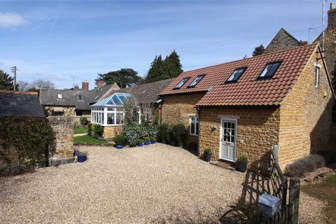 4 bedroom semi-detached house for sale - Elwes Way, Great Billing, Northampton, NN3