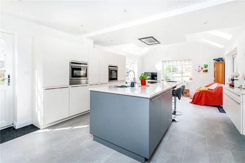 4 bedroom detached house for sale - Roseland Close, Bath, Somerset, BA1