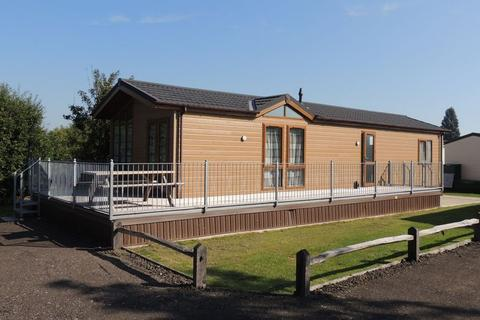 2 bedroom lodge for sale - Woodnesborough Road, Sandwich