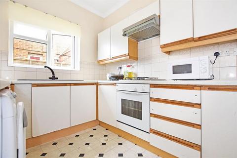2 bedroom ground floor flat to rent - Wilton Avenue, Southampton, Hampshire, SO15 2HJ