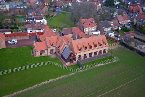 8 bedroom barn conversion for sale - The Green, Wolviston