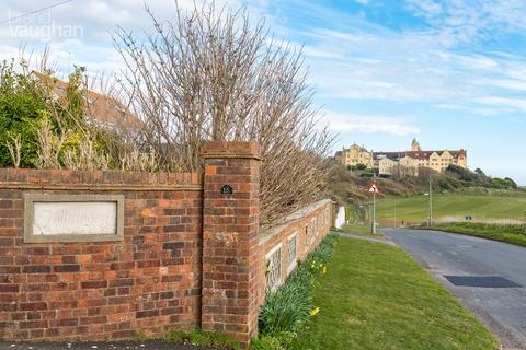 5 bedroom detached house for sale - Roedean Way, Brighton, BN2